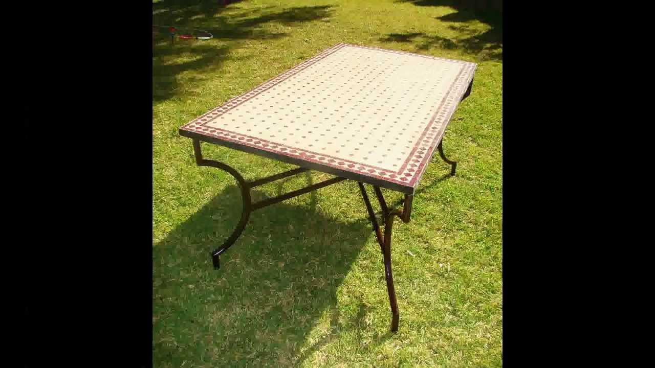 Des Table Avec De Mosaique Traditionnel Marocain 2013 Youtube