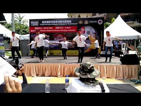 Borneo Dancer Crew - Sumazau Kontemporari