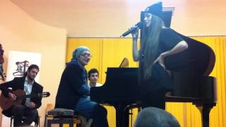 Theo Rose - Diamonds &amp pearls ( unplugged ) pentru Alexandra Stan - campania Nu bate,ma ...