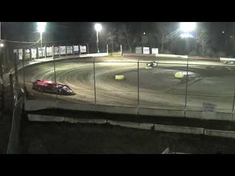 LM Feature(first 20 somthing laps) at Highland Speedway 4-6-19