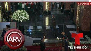 Lucía Méndez Trató De Cantar En El Homenaje De José José Pero No Pudo   Al Rojo Vivo   Telemundo