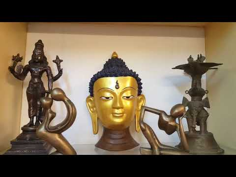 Mahabalipuram Antique shop tour in tamil / antique jewels, home decors/ floor mat, shalls