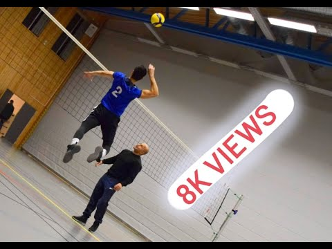 Bakhter against Jawanan jaghori( afghan volleyball in Sweden)