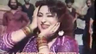 Repeat youtube video Badar Munir pashto Movie song