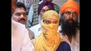 Repeat youtube video Tarn Taran Woman Assault I Girl in Punjab Vidhan Sabha I Congress vs Police Vs Akalis
