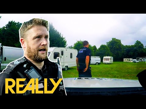 Download Officers Get In A Scuffle With Travellers | Cops UK: Bodycam Squad