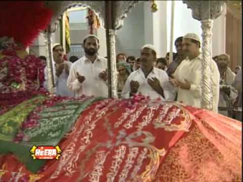 Talu-e-Seher hai Sham-e-Qalandar Munqabat