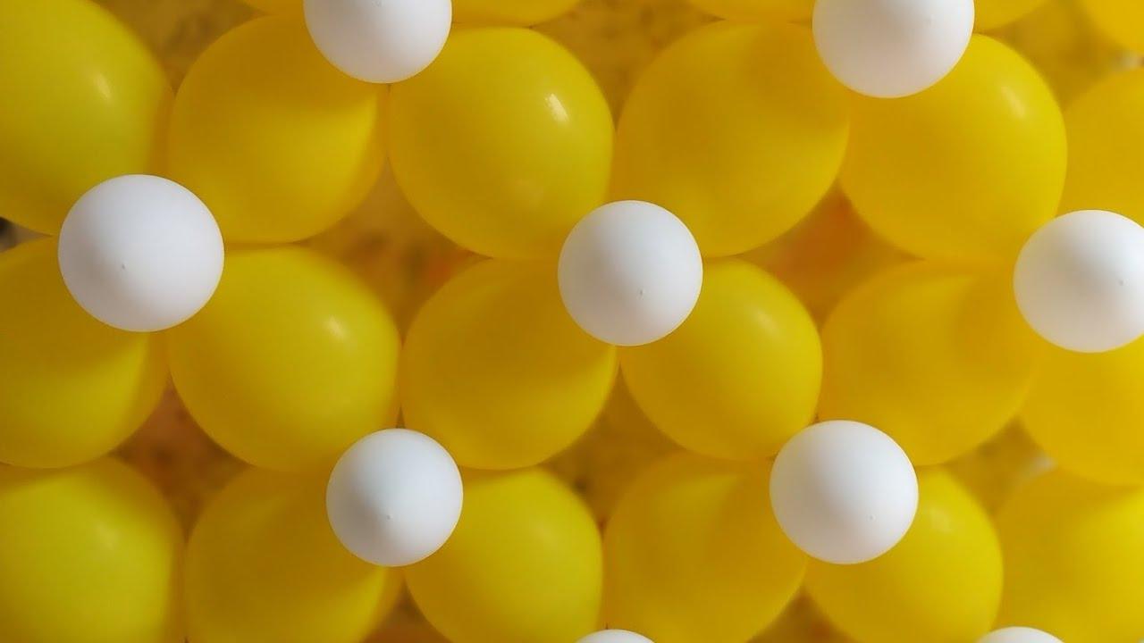 Membuat Dekorasi Balon Dinding Untuk Ulang Tahun