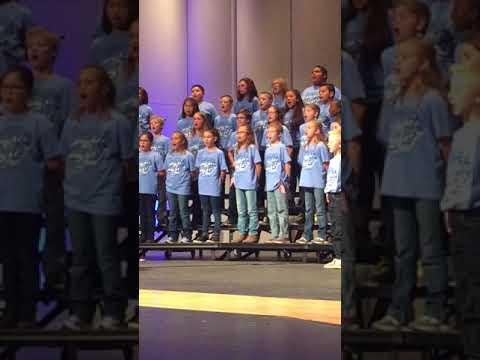 "Wilson Elementary Choir ""We Are American Everyday"""