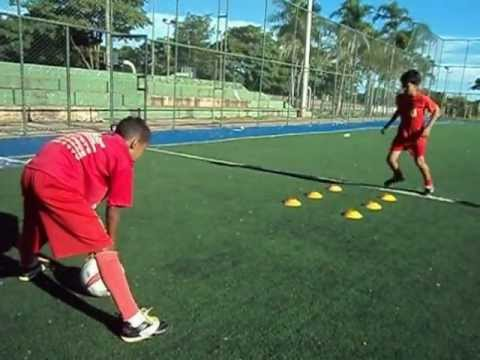 trabalho-diferênciado-de-fundamentos-do-futebol-e-alto-rendimento-de-atletas-de-base.