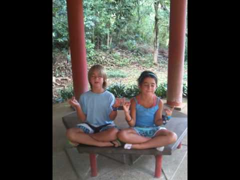 Kids Hawaii (2012)