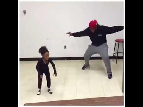 Kid DanceOn @MusicalOmens @SocAndDocShow