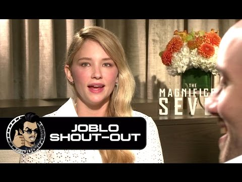 Haley Bennett Loves JoBlo!!