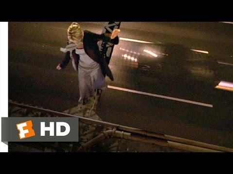 Kate & Leopold (11/12) Movie CLIP - Kate Crosses the Bridge (2001) HD