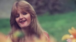 Bonnie Tyler - Lost In France (Official HD Video)