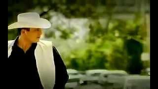 Valentin Elizalde - Y Se Parece A Ti (video Oficial)