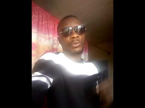 DJ 5 étoiles parle du disque d'or de yabongo Lova et clash DJ Arafat .vas chercher pour toi qui est