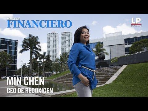 Min Chen planta bandera  en Silicon Valley