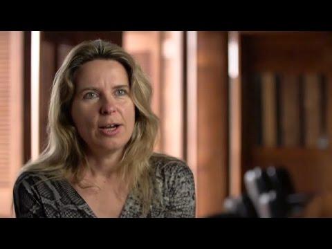 Surgir de l'ombre: La biennale canadienne 2014 Vanessa Paschakarnis