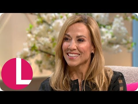 Sheryl Crow on Why She's Keeping Her Kids Away From Social Media   Lorraine