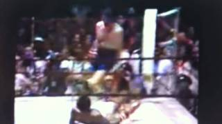 Dicky Eklund ward knocks down Sugar Ray Leonard the fighter real !!!