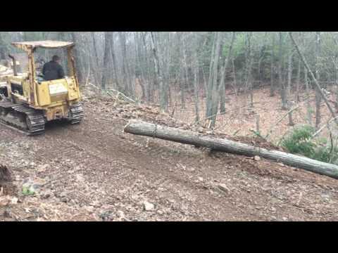 Fiat Allis fd5 dozer dragging log