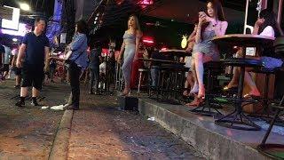 ladyboy Pattaya Walking street 2019 - April
