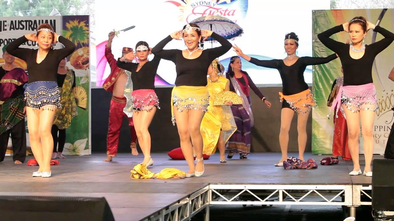 Waka Waka Filipino traditional modern Dance - YouTube 5b68b00af