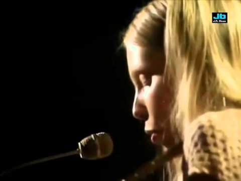 Joni Mitchell - Big Yellow Taxi (In Concert on...