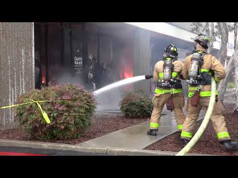 San Diego: 3rd Alarm Fire in Commercial Building 03172018