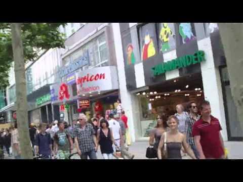 Vincent's Travel Log - Frankfurt, Germany (Zeil Strasse)