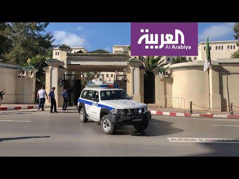 وزير العدل الجزئري الأسبق في السجن الاحتياطي بتهم فساد  - نشر قبل 18 دقيقة