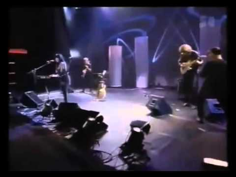 Bury My Heart at Wounded Knee (Live) - Buffy Sainte-Marie