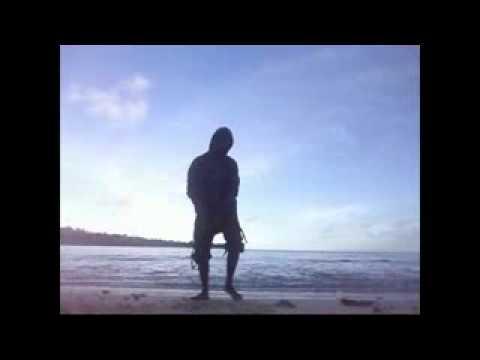 E MooZ ft D'SkyZerTroN Hollyday