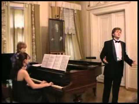 Stanislav Leontiev (tenor). Laureate of international competitions