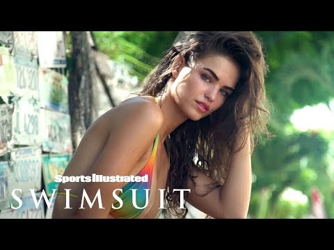 Robin Holzken Turns Up The Heat In The Bahamas   Swim Adventure   Sports Illustrated Swimsuit