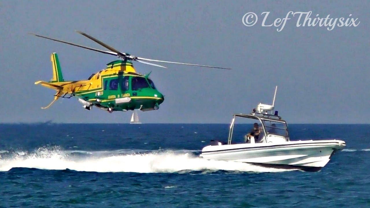 Elicottero Gdf : Sicilia inquinata elicottero gdf scopre mega discarica con