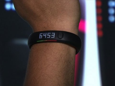 CNET News Nike Fuelband SE jumps into crowded fitness