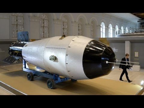 Biggest & Smallest Nukes Build By USA. 9.9 Megaton B-53 Thermonuclear Bomb, Californium Nano Nuke