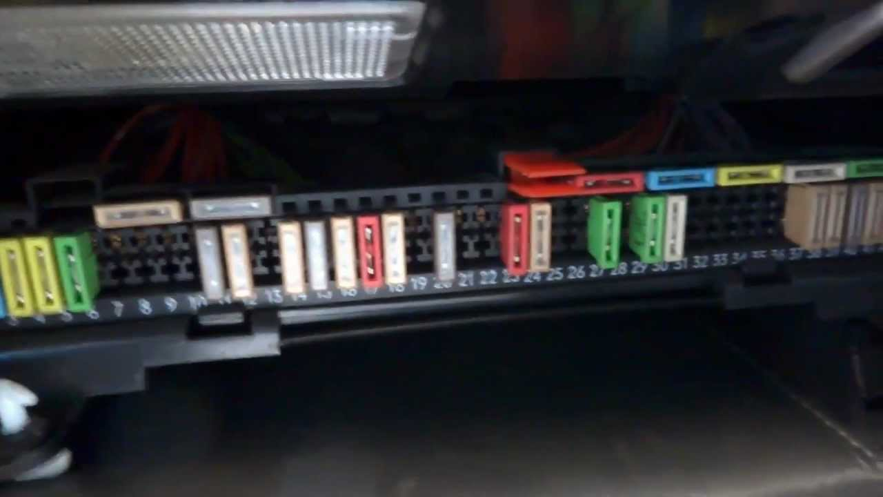 A Bmw E Fuse Box Location on