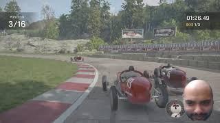 car racing with a floąting head
