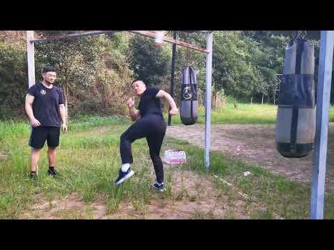 练喻轩上武当挑战陈师行全纪录之二|来自同行的健身教练的视角
