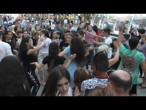 Ереван, Площадь Свободы, Северный проспект. 21.07.19, Su   , Video-2.