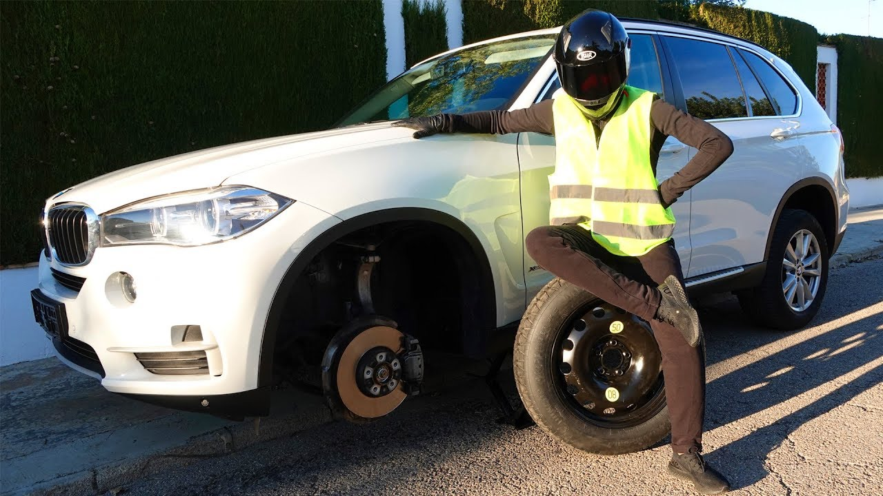 The Wheel fell off on Bmw X5 - ride on power wheels