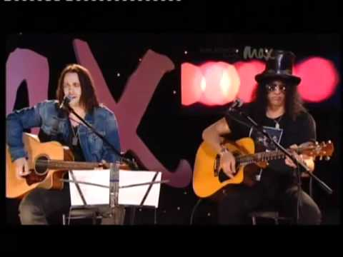 Slash & Myles Kennedy MAX Sessions - By The Sword (Acoustic)