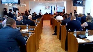 Відеорепортаж. Бюджет Вінниці приймався таємно від громади(, 2015-12-28T10:17:29.000Z)