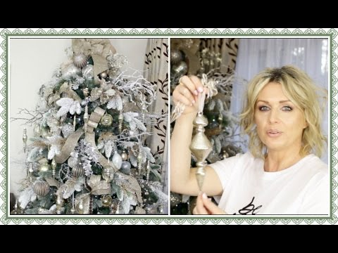 How To Decorate A Christmas Tree With Ribbon  - Winter Wonde