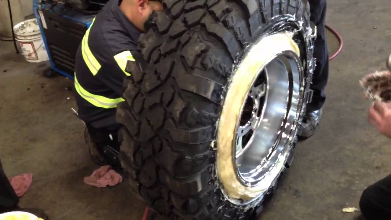 Mounting wide wheel on narrow tire - YouTube
