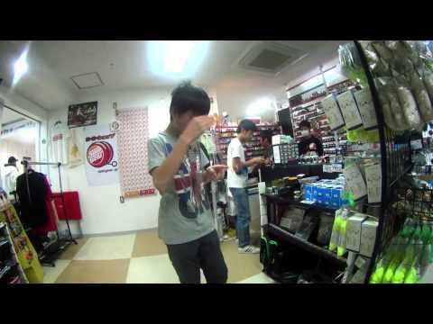YoYo Tricks at 120 fps in Akihabara, Tokyo, Japan