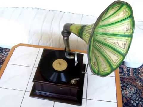 Antique Record Player with Green Horn, 1920s